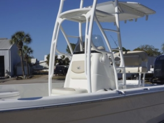 nauticstar, bay boat, tower boat, console tower